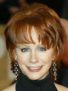 pics of reba mcintyre in pixie hair style reba mcentire medium layered hairstyle latest medium