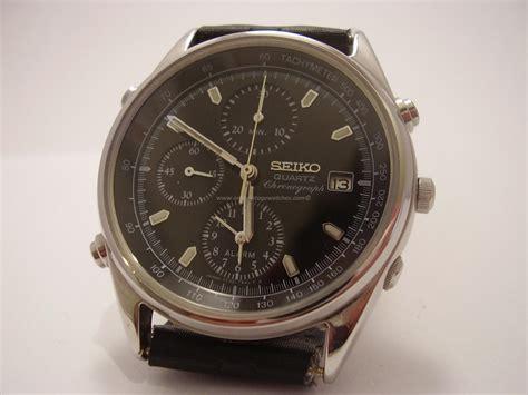 seiko quartz chronograph 7t32 6a5a