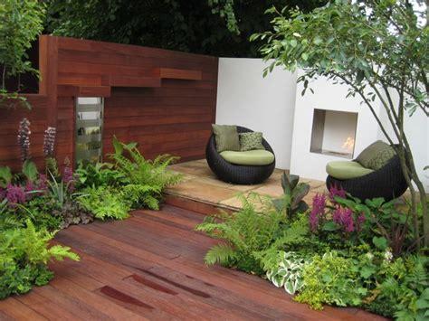 piccoli giardini moderni giardini piccoli la scelta della pavimentazione guida
