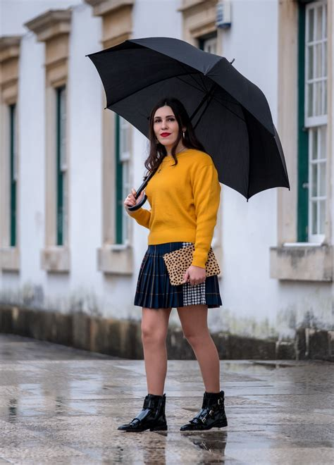 Trend Alert Winter Yellow by Trend Alert Mustard Is The New Black Le Fashionaire