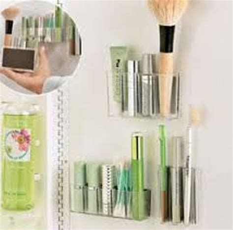 Bathroom Walls Lipstick Secrets How To Organize Makeup In A Small Bathroom 5 Tips For