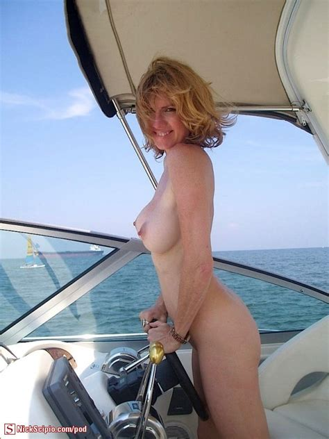 Naked Women On Boats Tumblr Xxgasm