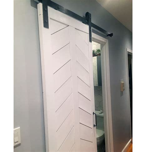 white barn door laundromats with white barn door door design