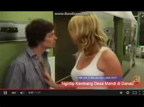 download subtitle indonesia film om shanti om iklan ciuman bibir paling ganas video 3gp mp4 webm play