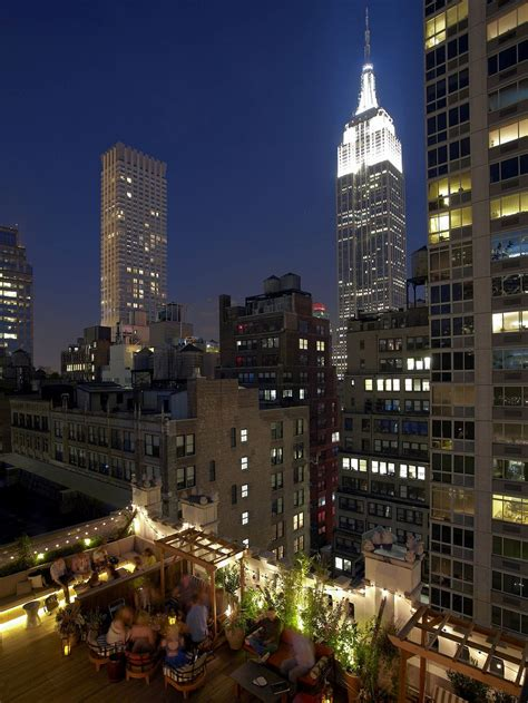New York Roof Top Bar by 20 Nyc Rooftop Bars With Epic Skyline Views Travel Away