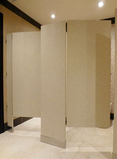 Mavi New York Floor mounted Toilet Partitions   Mavi NY