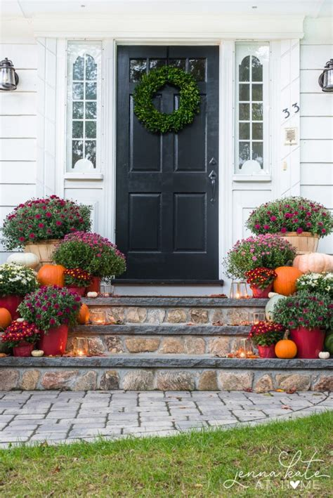 front porch decor ideas  classic fall harvest entrance