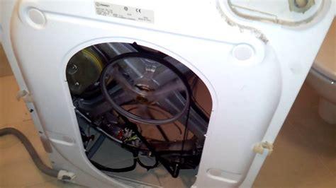 Siemens Waschmaschine Trommel Ausbauen by Indesit Wd 125t L 228 Rm Beim Schleudern