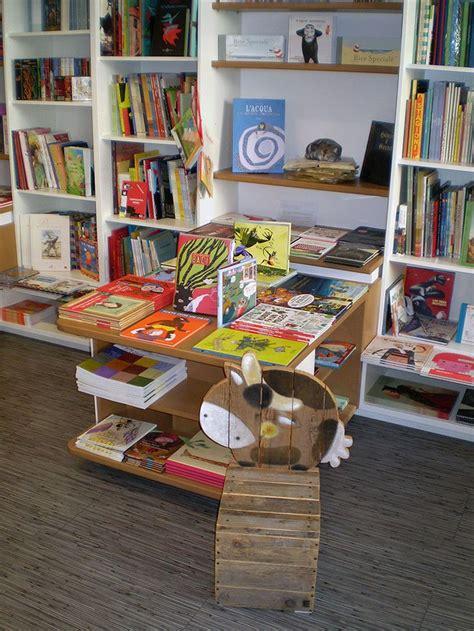libreria universitaria udine via gemona pi 249 di 25 fantastiche idee su libreria nera su