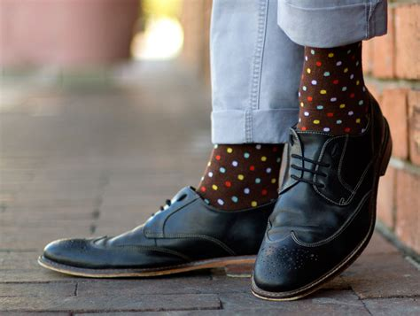 patterned business socks the quintessential guide to men s socks the gentlemanual