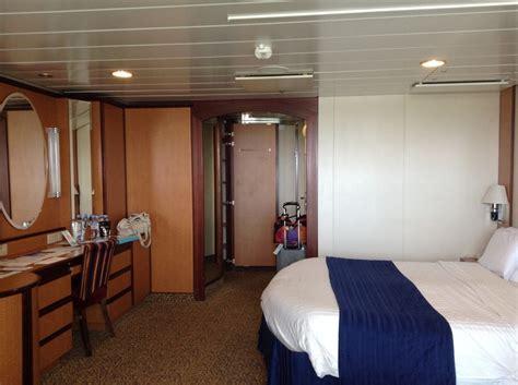serenade   seas cabins  staterooms