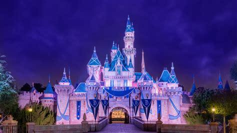Castle Playset Istana Putri Termurah the sleeping castle at the disneyland resort is illuminated beneath the sky