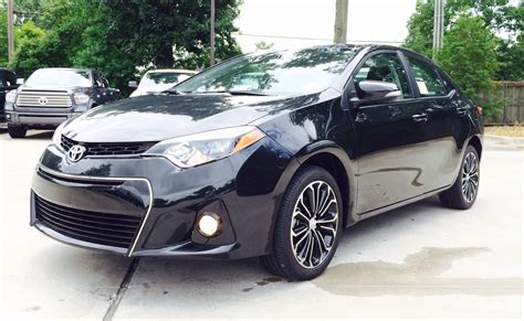 le black 2014 2015 toyota corolla s plus exhaust start up and in depth review