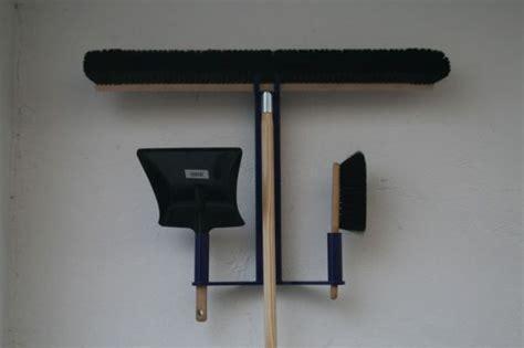 reinigungsstation mit besen metallbau uwe seck
