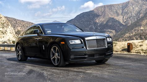 roll royce road rolls royce wraith review autoevolution