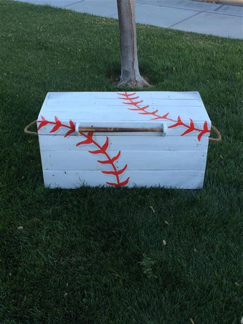 pallet trunk toy box hope chest pallet furniture plans