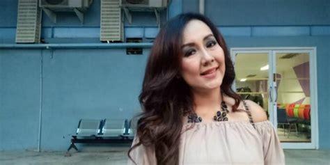 Batik Kamila Batik Pasangan doa menggetarkan putri nani wijaya untuk pernikahan sang