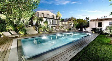 Haus Kaufen Mit Pool Schweiz by Kinderfreundliche Luxus Villa Mit Pool In St Tropez Mieten