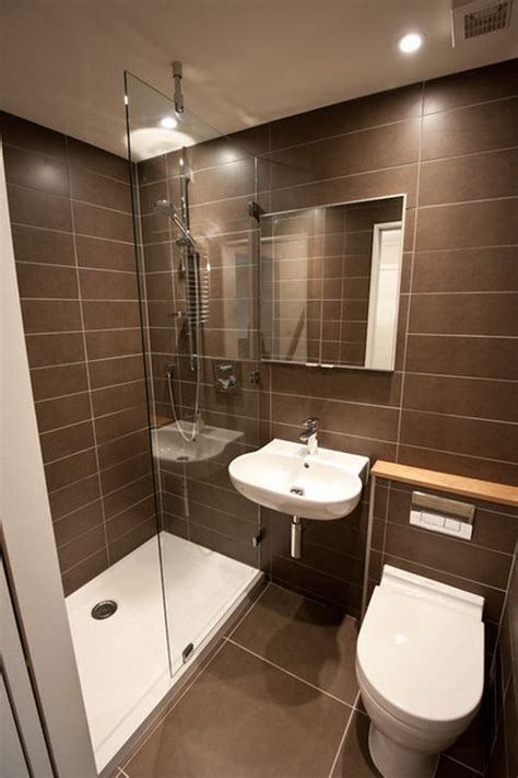 Modern Bathrooms Designs For Small Spaces 25 Best Ideas About Small Bathroom On Pinterest Small Bathroom Suites Small