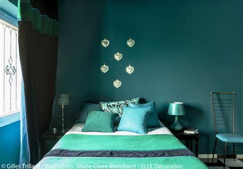 Chambre Vert Emeraude peindre murs en bleu et vert dans appartement sympa l