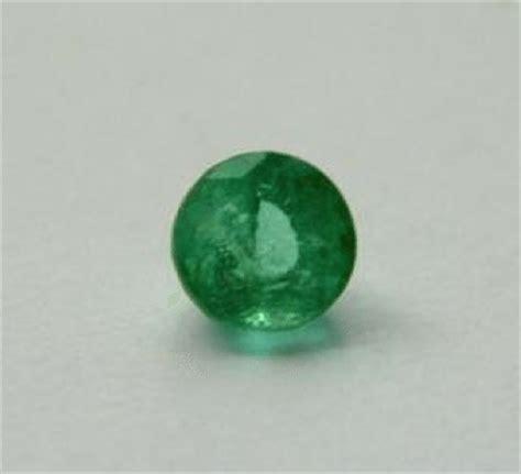 Green Emerald Coloumbia 0 36 ct green columbian emerald gemstone