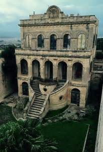 abondoned places best 25 abandoned mansions ideas on abandoned