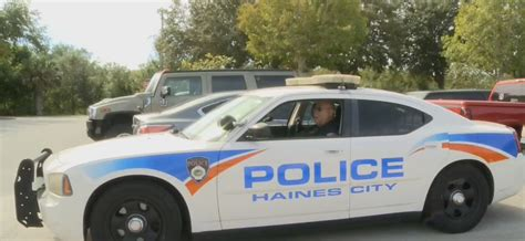what is the fine for running a red light fair police officer fines himself for running red light