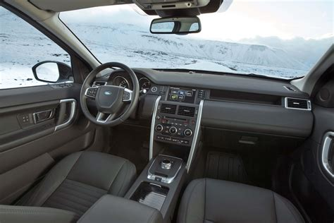 land rover discovery interior land rover discovery sport interior www imgkid com the