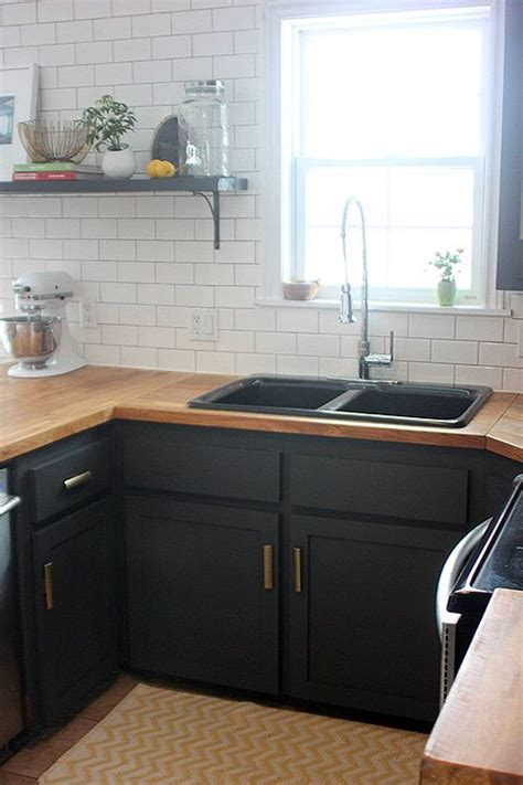 Wooden Butcher Block Countertops by Best 25 Black Sink Ideas On Black Kitchen Sinks Sinks And Black Farmhouse Sink