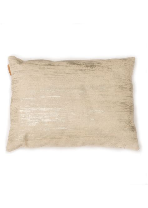 storing pillows decorative pillow pil019