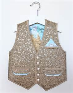 How To Make Clothes From Paper - paper waistcoat
