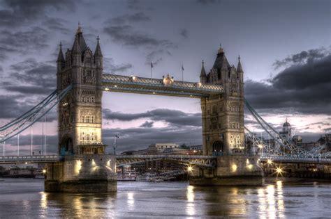thames river bridge tower bridge river thames east london history facts