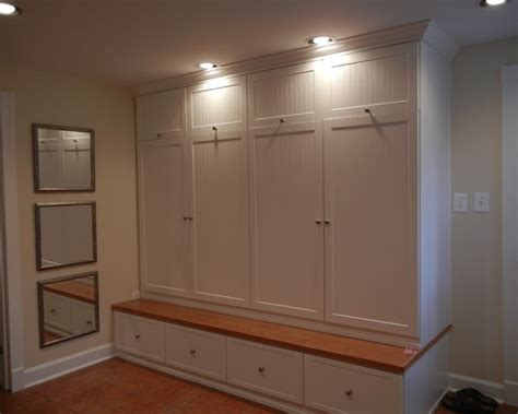 Mudroom Cabinets With Doors by Pin By Tj West On Hsh Mudroom