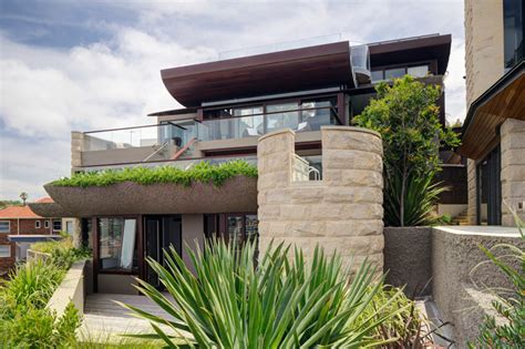 The Wave House by The Wave House 171 Walter Barda Design