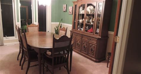 Dining Room Set Painted With Chalk Paint 1950 S Dining Set Makeover Hometalk