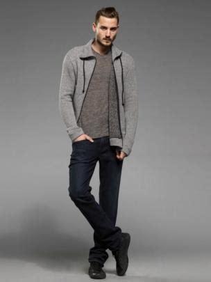 Baju Kaos Cowok Baju Kaos Pria Pakain Pria kamu termasuk kategori pria kurus hindari 7 pakaian ini