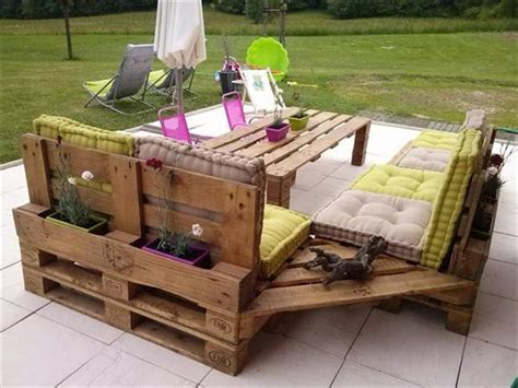 Patio Pallet Furniture Plans Recycled Pallet Chairs With Cushions And Table Recycled Pallet Ideas