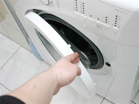 washing machine scent how to stop the moldy smell in clothes from a front loader