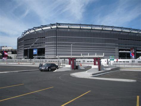 exterior image file new meadowlands stadium exterior jpg wikimedia commons