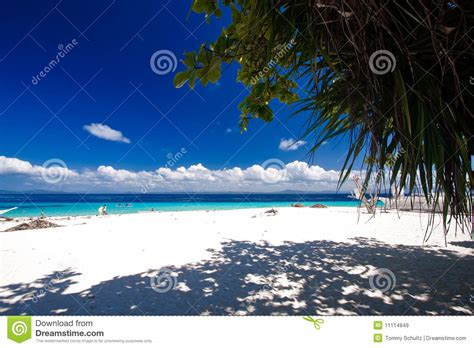 tropical island paradise tropical island paradise royalty free stock images image 11114849