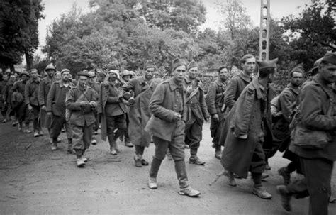 New Der One Way 4 Warna prisonniers de guerre