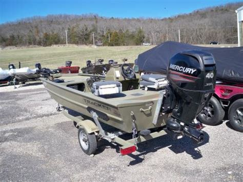 grizzly tracker boats accessories 2014 tracker grizzly 1648sc jet boat www eberlinboats