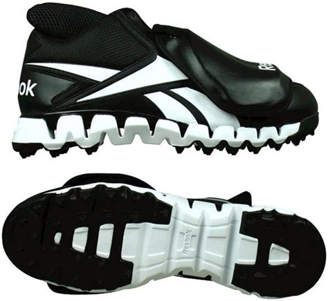 umpire plate shoes picking the right umpire plate shoes ump attire