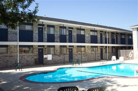 Westminster Appartments by Westminster Apartments Amarillo Tx Apartment Finder