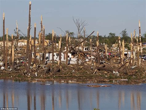 pictures show alabama town forest lake  ruins