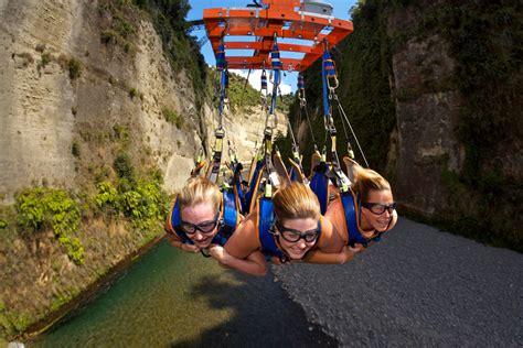 swing neuseeland mokai gravity bungy jump swing flying fox