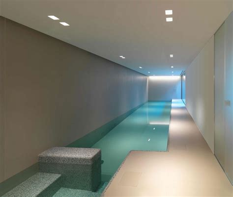indoor pool house in sassuolo by enrico iascone architetti