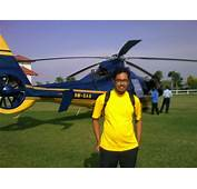 Helikopter Sultan Johor Bot Antara Kereta