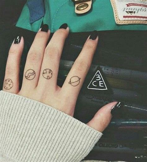 aesthetic tattoos 15 delicate finger tats that will make you want to get