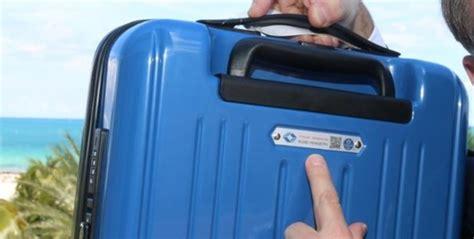 la iata fija las medidas de las maletas  ser equipaje de mano